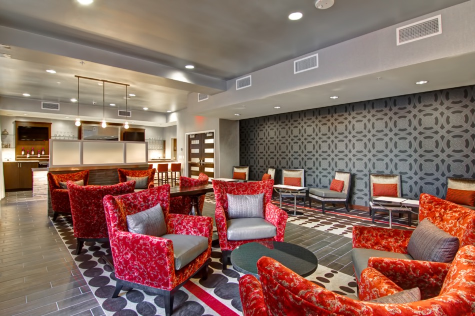 Hampton Inn & Homewood Suites bar seating