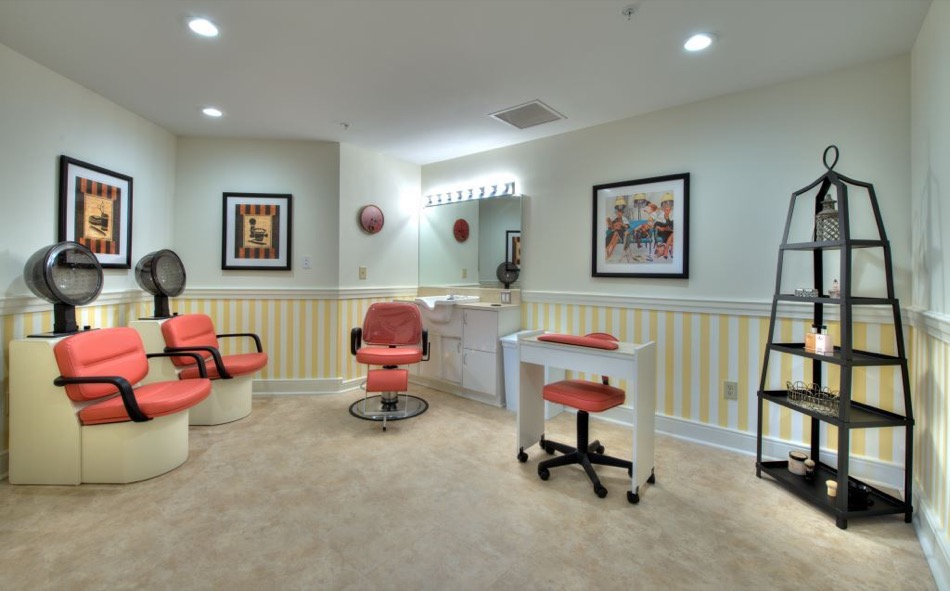 Artis Senior Living of Mason hair salon