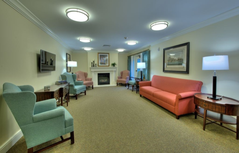Artis Senior Living of Mason living room