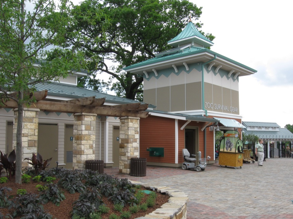Cincinnati Zoo & Botanical Garden - Entry Village