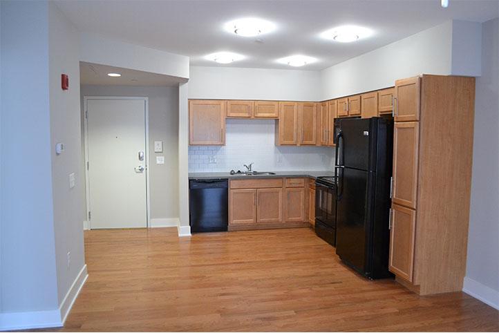 Mercer Commons apartment kitchen