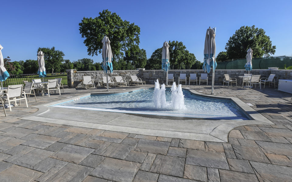 Hyde Park Country Club baby pool with fountains