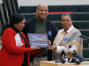 Stargel family receives commemorative plaque