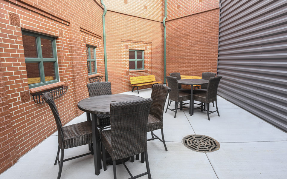 Outdoor space at Warren County Probate and Juvenile Court