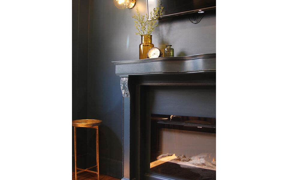 groom dressing room fire place
